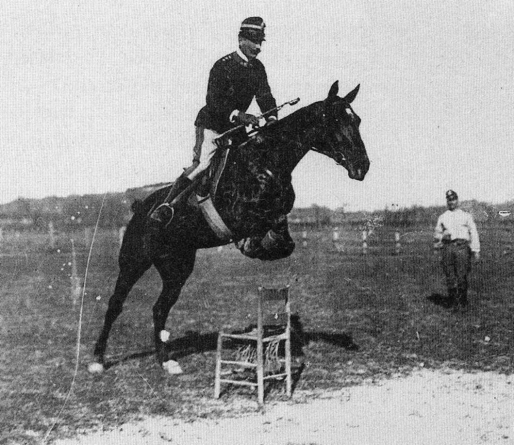 Federico Caprilli (1866-1907). El padre de la equitación actual