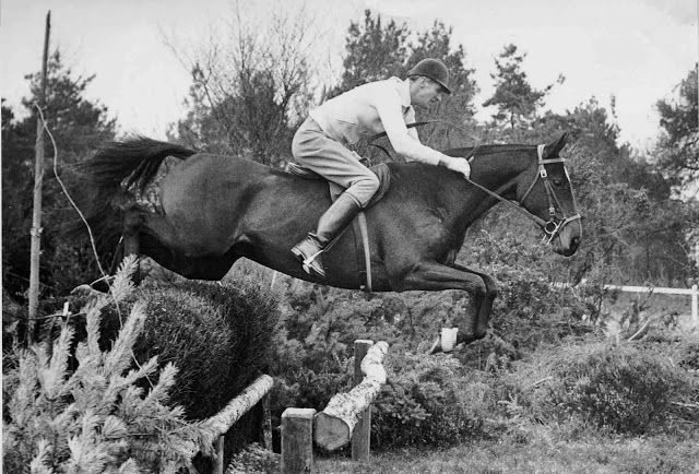 Bill Roycroft on OUR  su caballo de los JJ.OO 1960