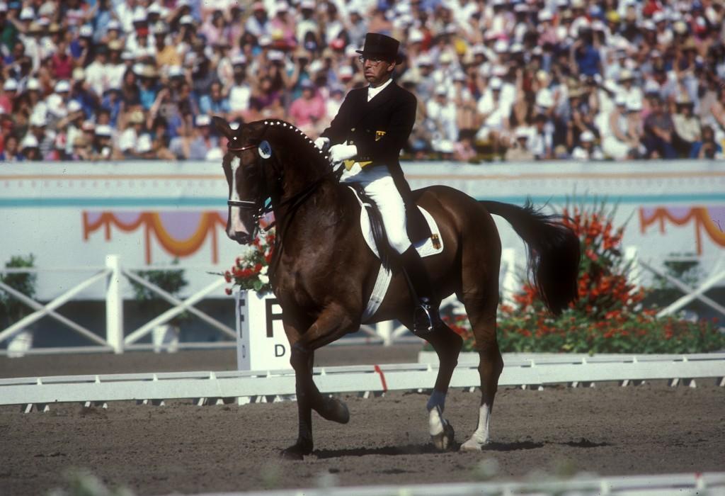 R. Klimke con AHLERICH en los JJ.OO de Los ñAngfeles 1984