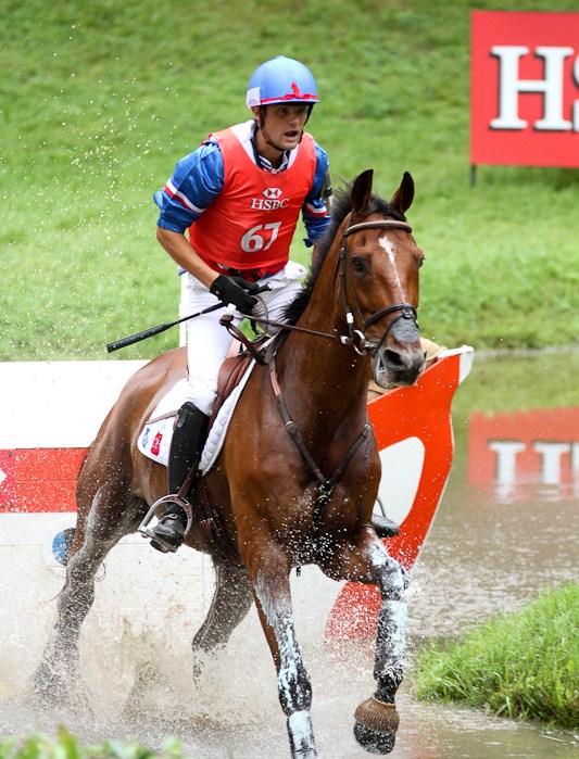N. Touzaint con NEPTUNE DE SARTENE en el CCI**** de Barroca. Foto de hipo-sports.com