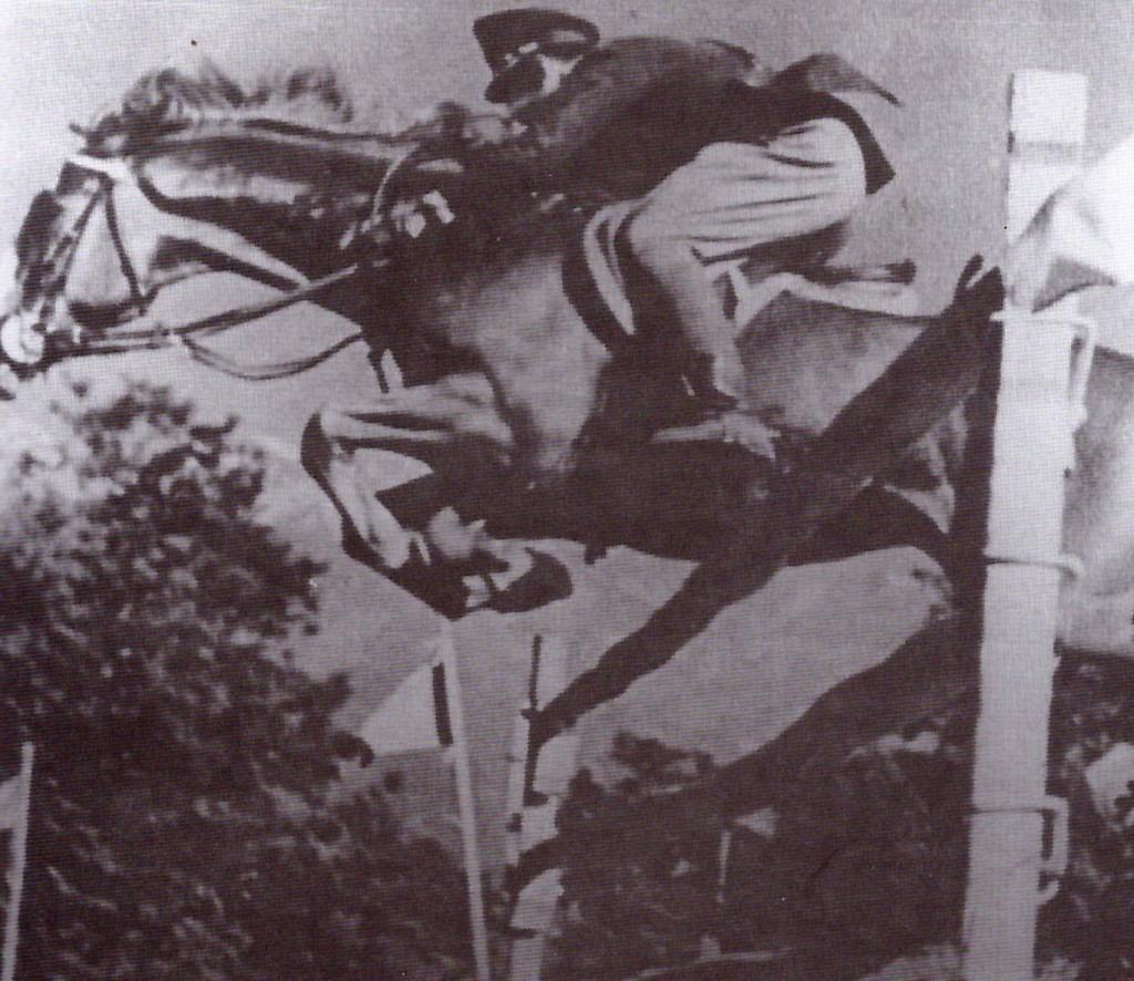 SANTA FE que con Argentino Minuevo fue el máximo ganador entre los 40 y 50 del siglo pasado. Competidor en JJ.OO con S. Delachia y R. Campos