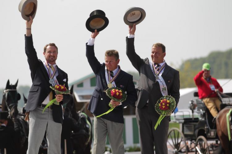 EWl podio de engaches de los JEM 2014: Chestre Weber, Boyd Exell y Theo Timmerman, Foto de