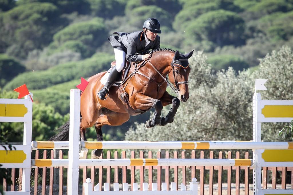Carlos Díaz con JUNCO en el salto del completo de la Semana de Andalucía. Foto de Montenmedio