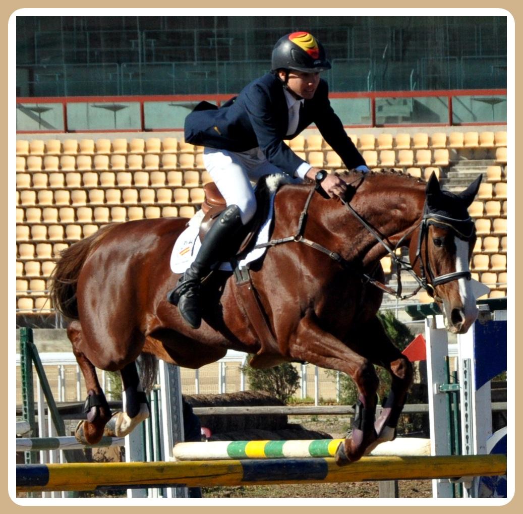 Francisco Gaviño con SOURCE DE LA FAYE en el Campeonato de España Juvenil 2013