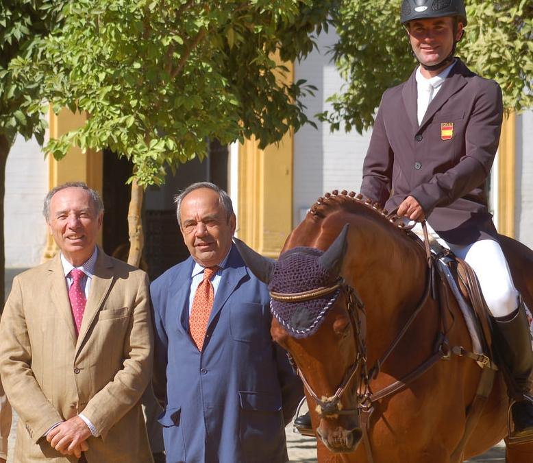 A. Campos Peña, J. Díaz Borrego (proietario de KAISER) y C. Díaz