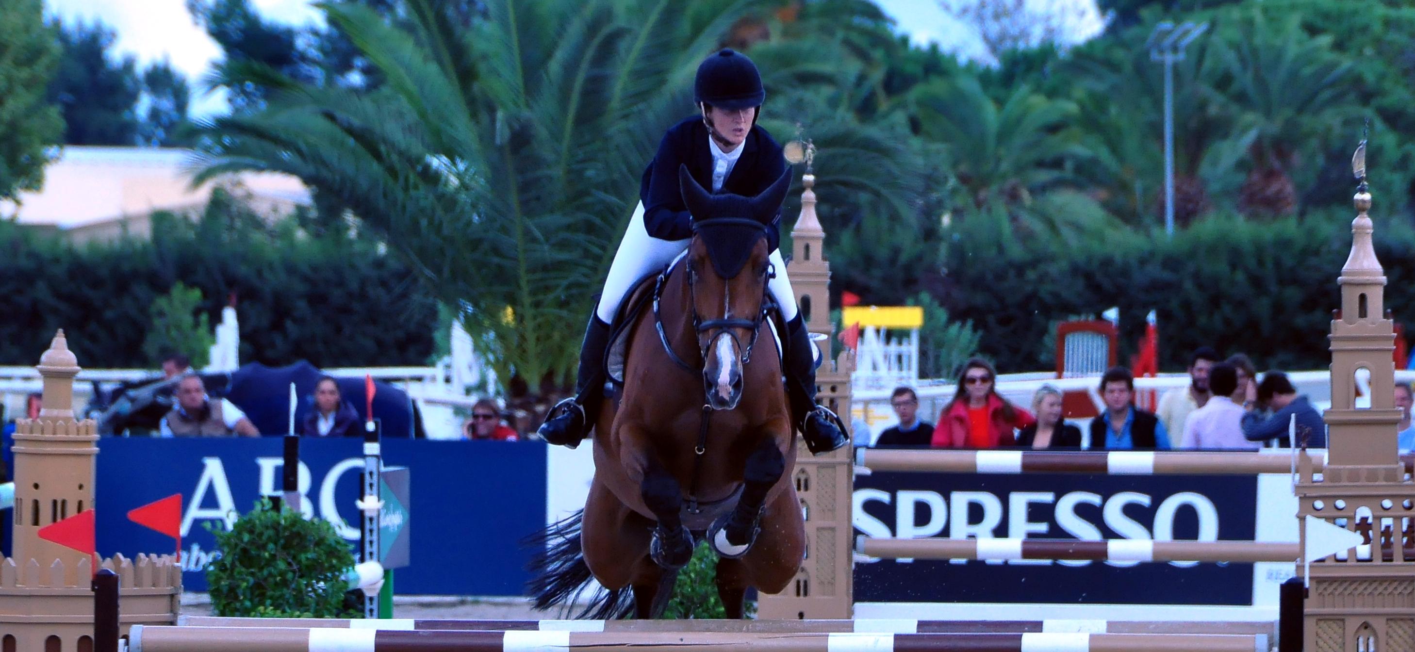 Marta Fernández Andrade con CARLANKA en el Campeonato España salto 2015 eb Pineda