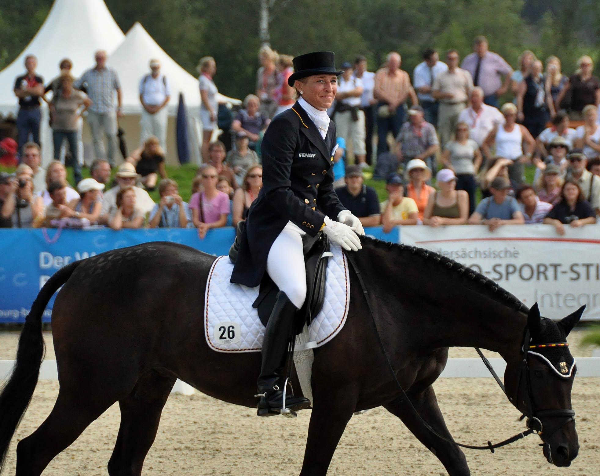 Ingrid Klimke con ABRAXXAS en el Campeonato de Europa de Luhmühlen 2011 (completo) donde fue medalla de oro por equipos